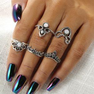 Jewelry - Curated Set of 5 Boho Midi Rings